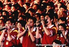 460 People Largest Harmonica Performance_6